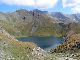 Il lago di Grand Laus (2583 m) a Abriès