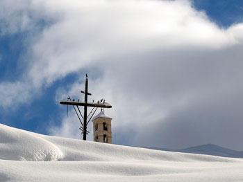 Croix de Mission et clocher de Saint-Véran