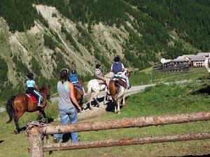 Une séance d'équitation à Arvieux (Queyras)