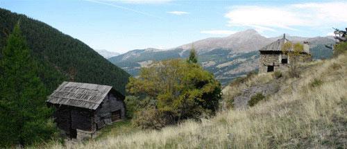 Balade en montagne à Peynin