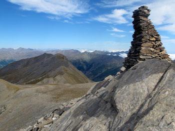 Cairn au sommet du pic Foréant à Ristolas