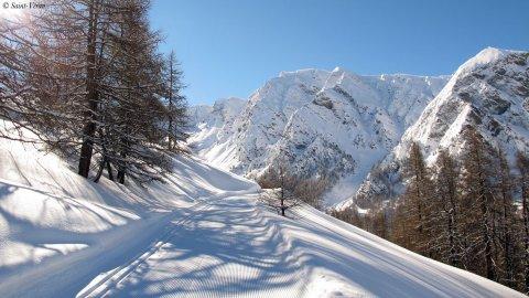 Piste de ski de fond à la mine de cuivre de Saint-Véran (Queyras, Hautes Alpes)