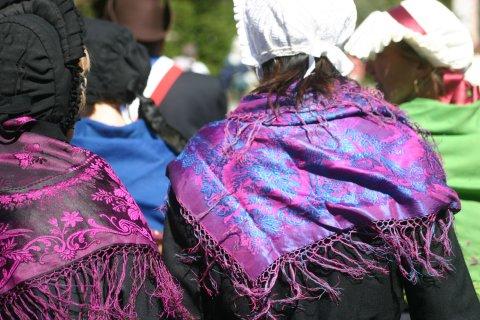Traditionelle Tracht des Queyras - Schulter Tücher