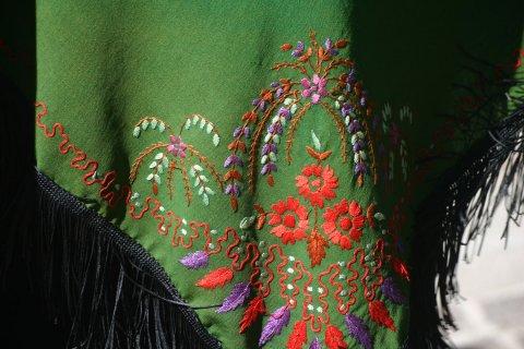 Traditionelle Tracht des Queyras - Schulter Tuch