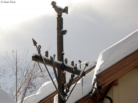 Croix de mission à Saint-Véran (Queyras, Hautes Alpes)