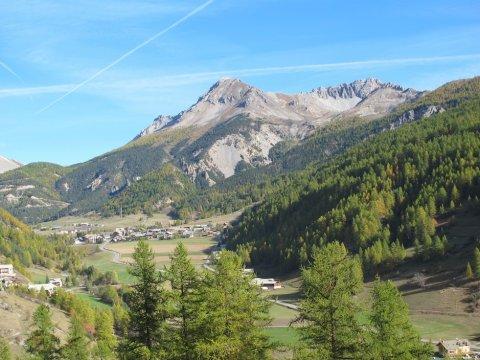 La Chalp d'Arvieux avec la montagne de Côte Belle (Queyras)