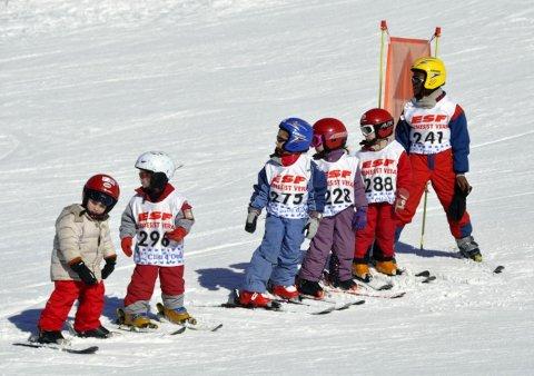 Leçon de ski à Molines-en-Queyras (Hautes Alpes)