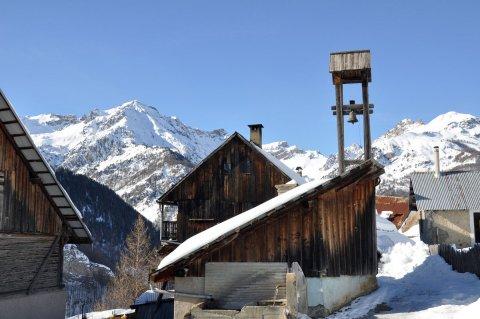 Les Maisons ist ein Weiler von Arvieux (Queyras)