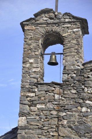 Glockenturm in Rouet (Château-Ville-Vieille)