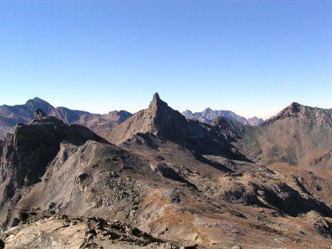Tête des Toilies, une pointe de basalte à Saint-Véran (Queyras, Hautes Alpes)