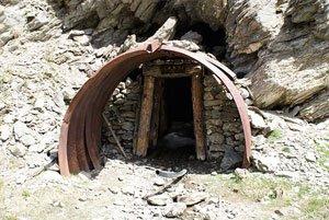 L'entrée d'une galerie de la mine de cuivre