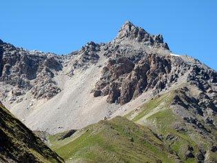 Le Pic de Rochebrune à Arvieux, deuxième montagne la plus haute du Queyras (Hautes Alpes).