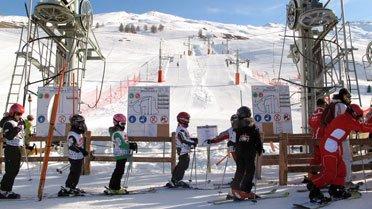 Sciovia e arrivo delle piste di sci a Saint-Véran (Queyras)
