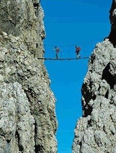 Una via ferrata nelle Dolomiti in Italia