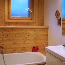 Salle de bains tout en bois