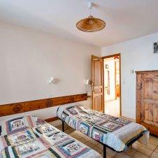 Chambre 1 avec deux lits simples de la Pointe du Jour, appartement 8836 pour 6 personnes