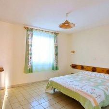 Chambre avec lit double de la Pointe du Jour, appartement 8836 pour 6 personnes