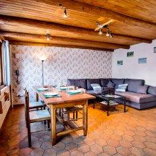 La salle à manger du Chatelet, maisonnette indépendante 8835 pour 5 personnes