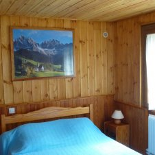 chambre 1 lits en 140.