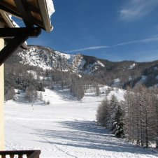 Les pistes de skis vue du balcon