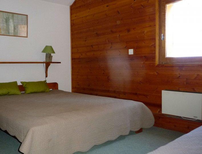 Michelle  POUDEROUX - Saint-Véran - Chambre de l'appartement n°58
