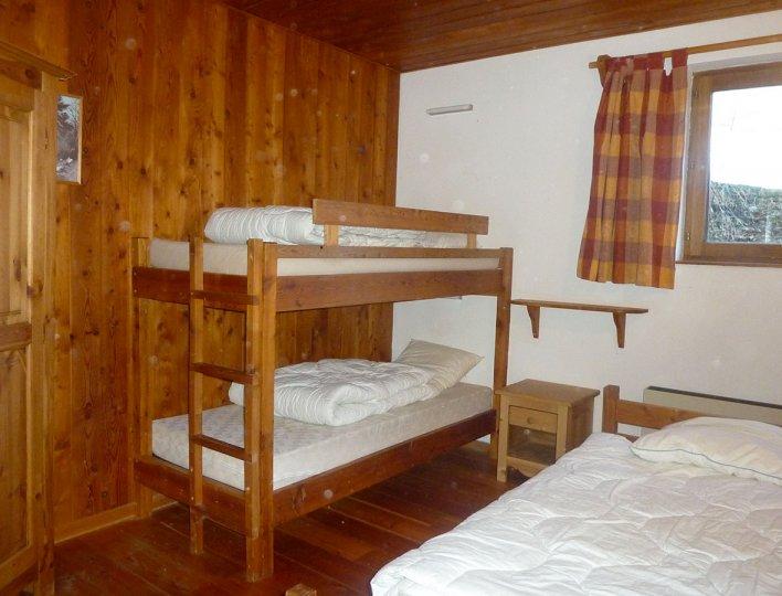 Michelle et Bruno POUDEROUX - Saint-Véran - La chambre 2 de l'appartement n°59