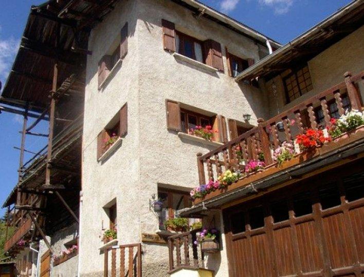 Appartement les Narcisses 4 personnes au 2eme étage à Saint-Véran