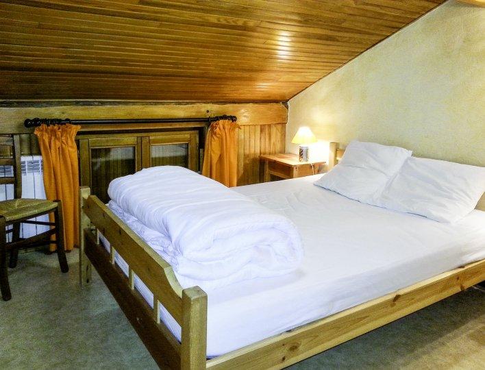 Chalet Les Heuvières - Appartement à Ceillac - Chambre avec lit double
