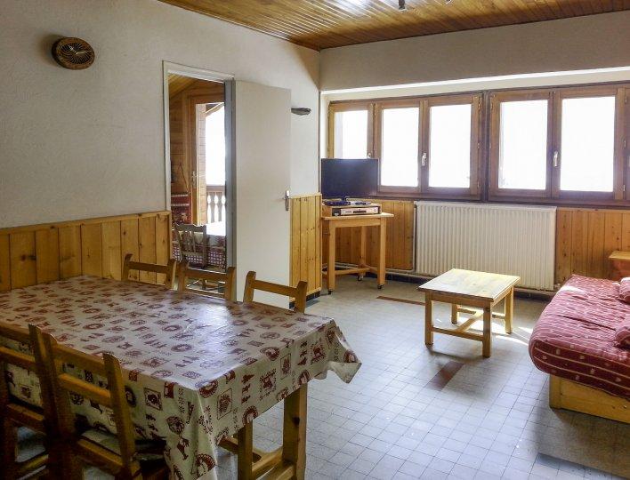Chalet Les Heuvières - Appartement à Ceillac - Salle à manger et salon