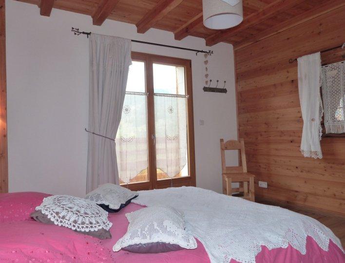 Chambre grand lit 1er etage