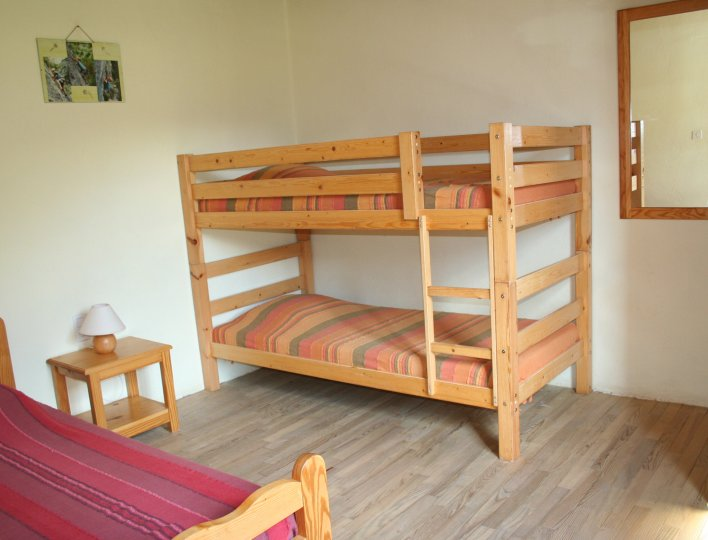 Chambre avec 3 Lits simples